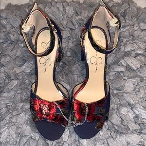 Blue heels with flower patterns